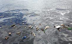 Tapones de plástico. Sólo se recicla el 10%.